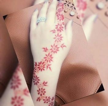 redish backhand mehndi designs ideas