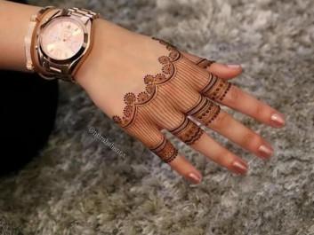 unique finger mehndi designs