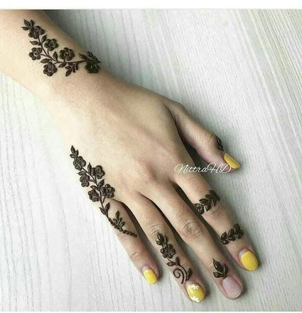 half backhand mehndi designs