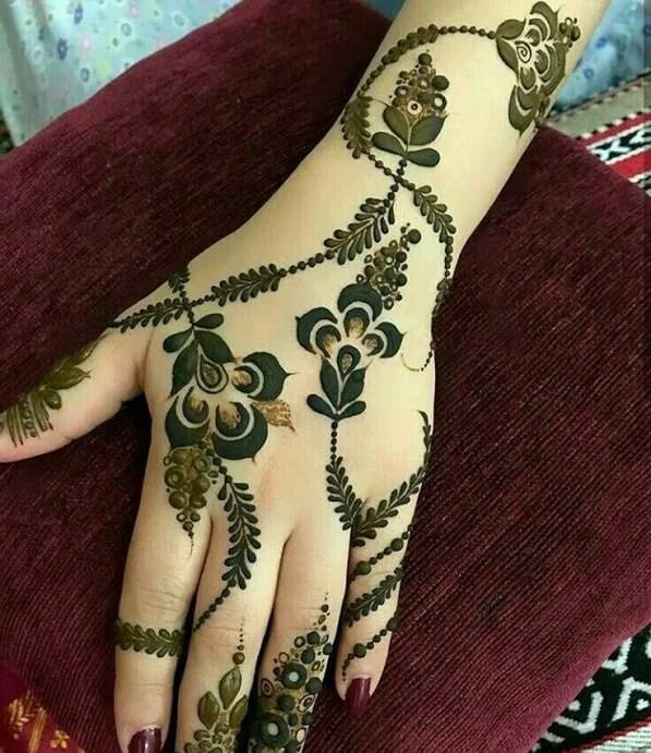leaf backhand mehndi designs