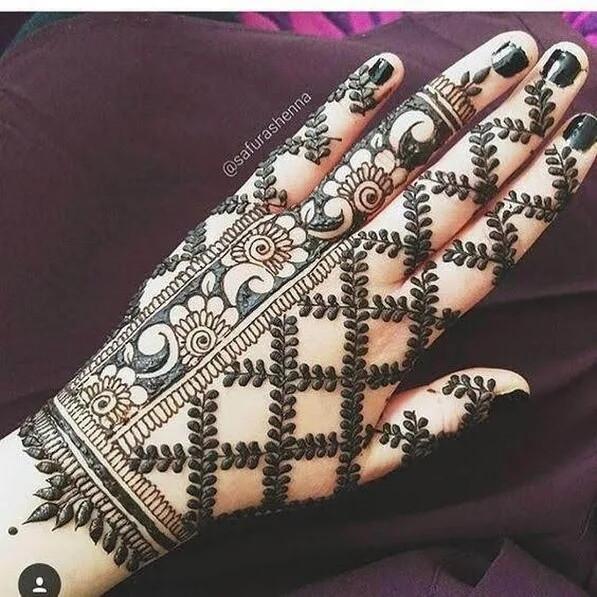 full backhand heavy mehndi designs
