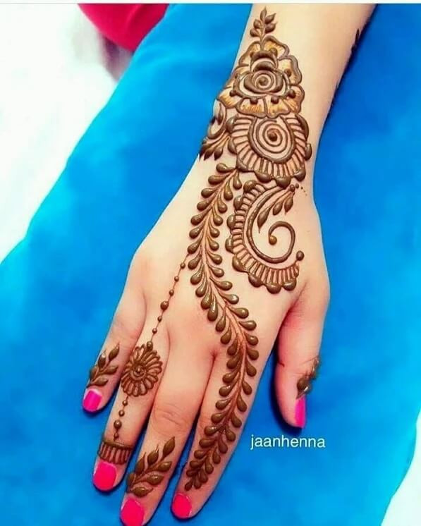 heart touching mehndi designs
