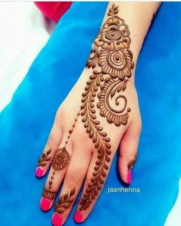 heart touching mehndi designs
