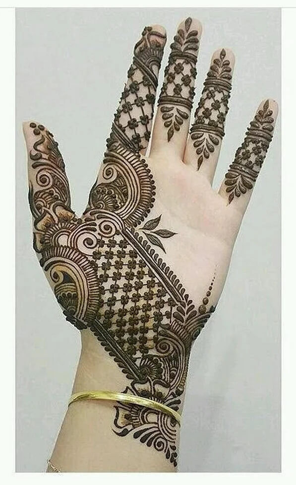 heart touching fronthand mehndi designs