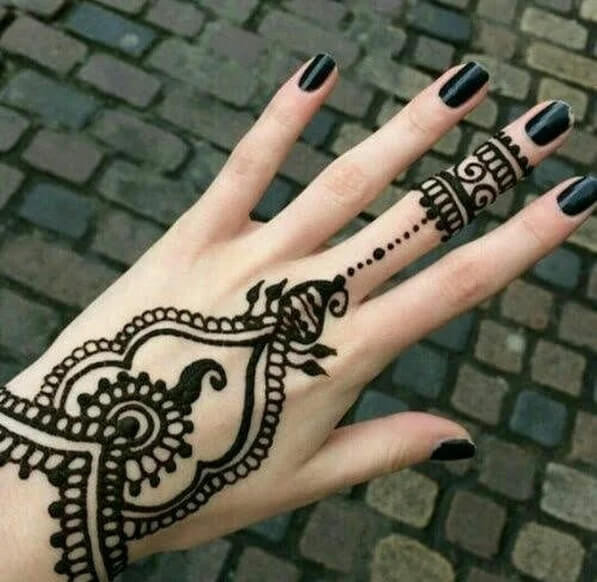 heart touching backhand mehndi designs