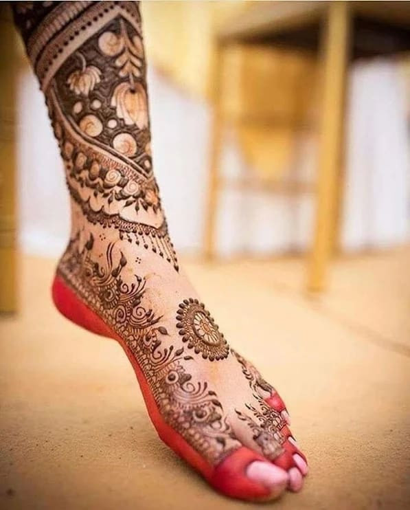 bridal new year foot mehndi designs ideas