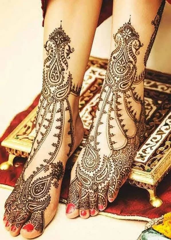 beautiful new year  foot mehndi designs ideas