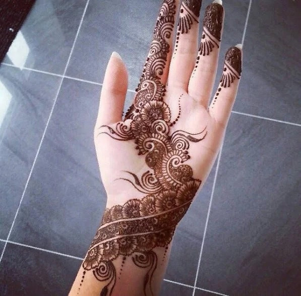 beautiful front hand mehndi designs for new year