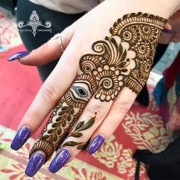 backhand simple mehndi designs in 2019