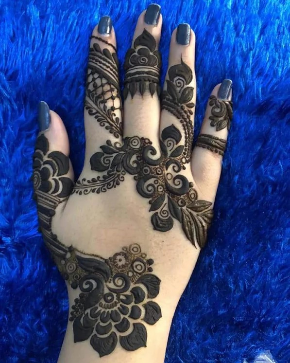 Inspiring and Beautiful henna designs