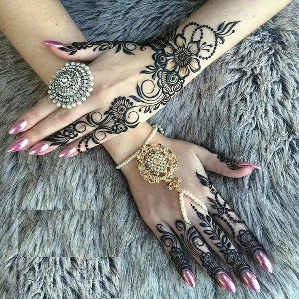 best backhands mehndi designs