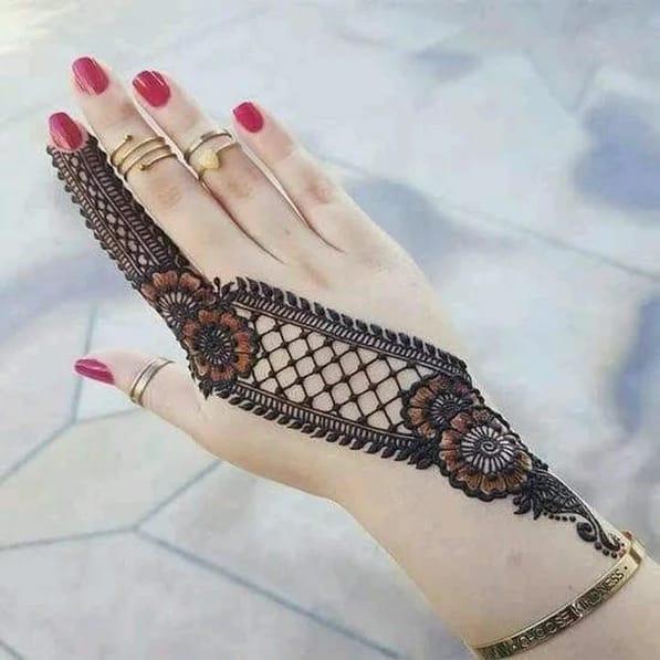 Stylish Arabic Mehndi Designs for hands