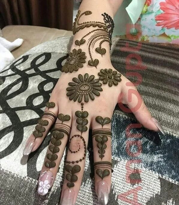 Fall Henna Designs: Top 26+ Easy And Simple Mehndi Designs For Eid And