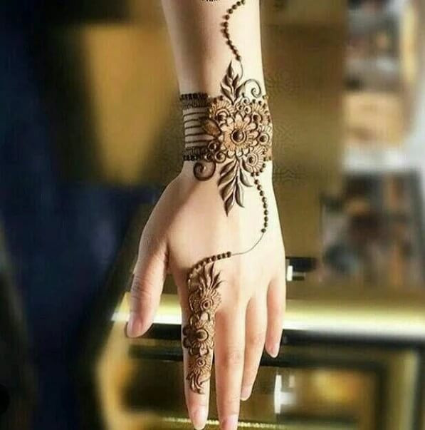 Top 26+ Easy and Simple Mehndi Designs for Eid and Weddings