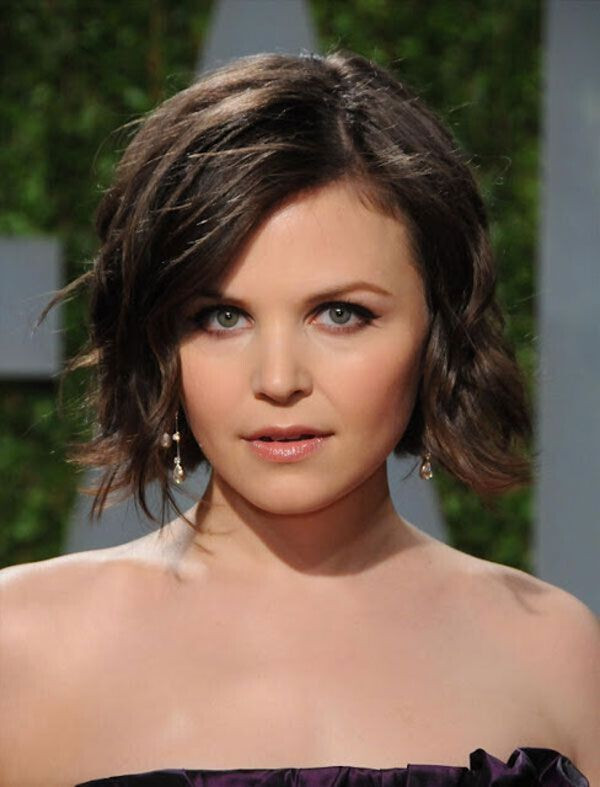 41+ Classy Women Hairstyles for Round Faces - Sensod