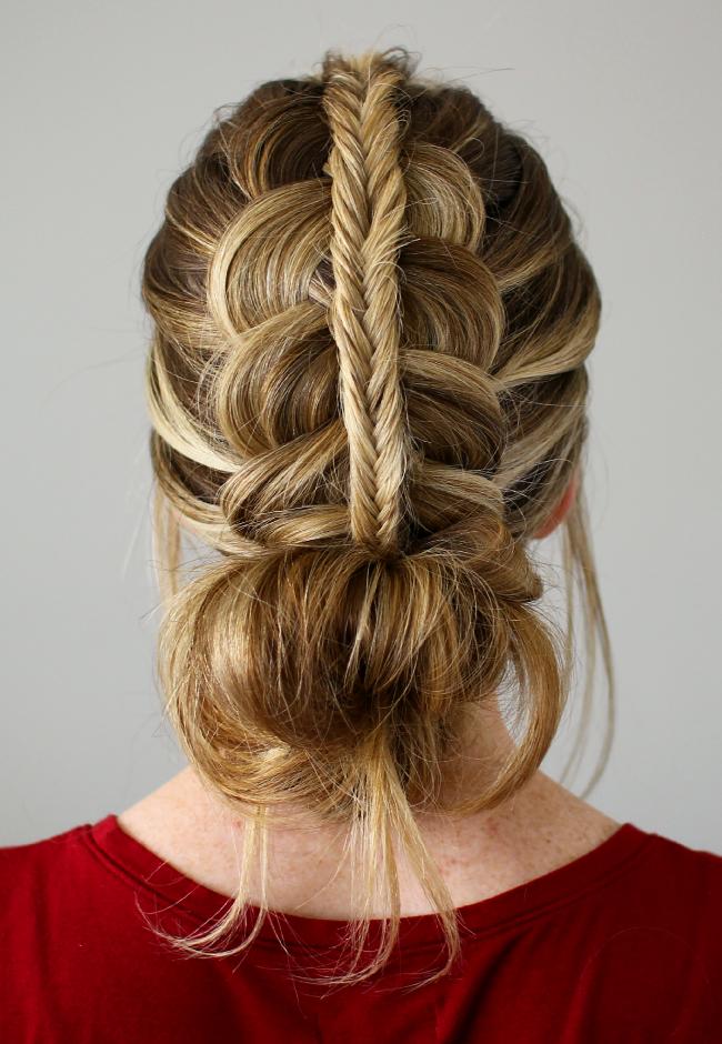 A Lifesaver Braided Bun Hairstyles