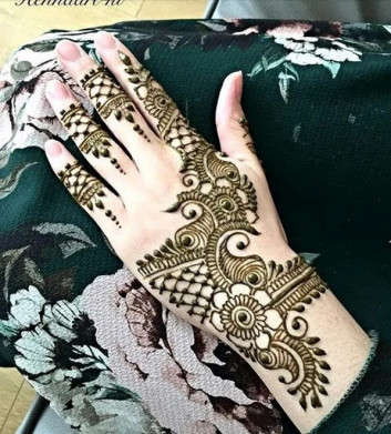 Best and unique mehndi designs for girls