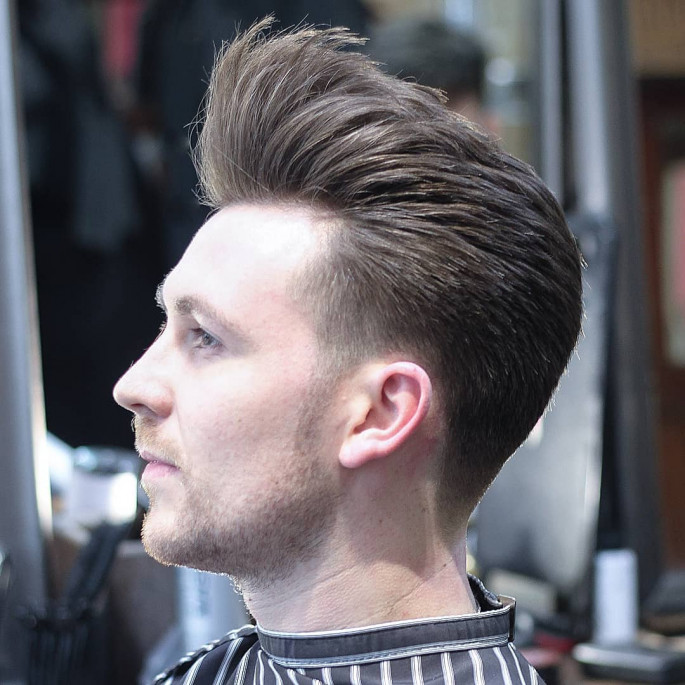 Classic Pompadour Hairstyle for Men 2018