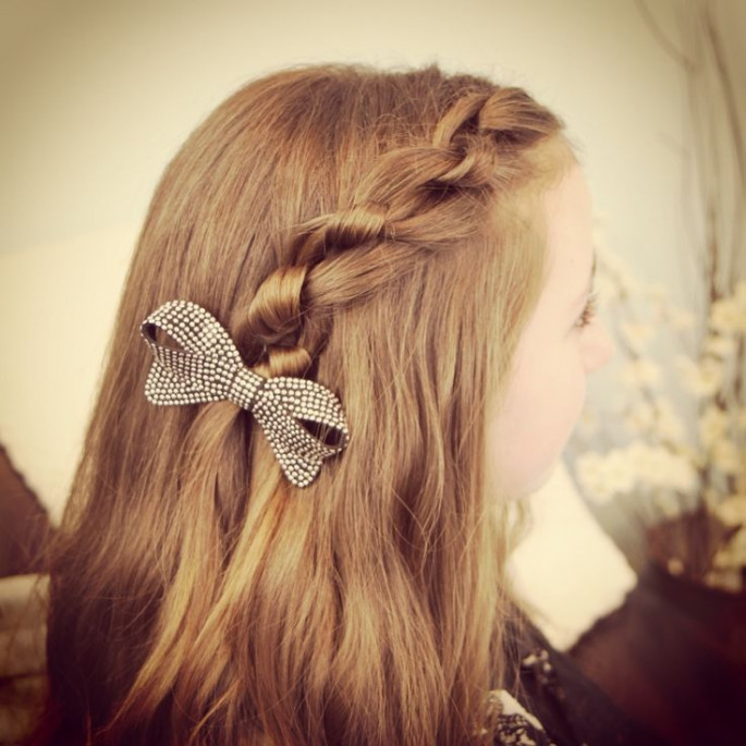 School-Going Girls Hairstyles That Are Seriously Cute