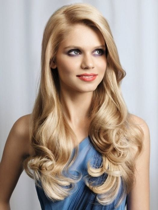 Full & Bouncy Long Hairstyles For Women