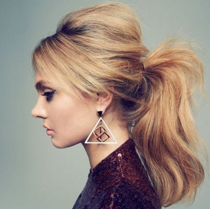 High Messy Ponytail Dazzling Hairstyles for Thin Hair to Try Now