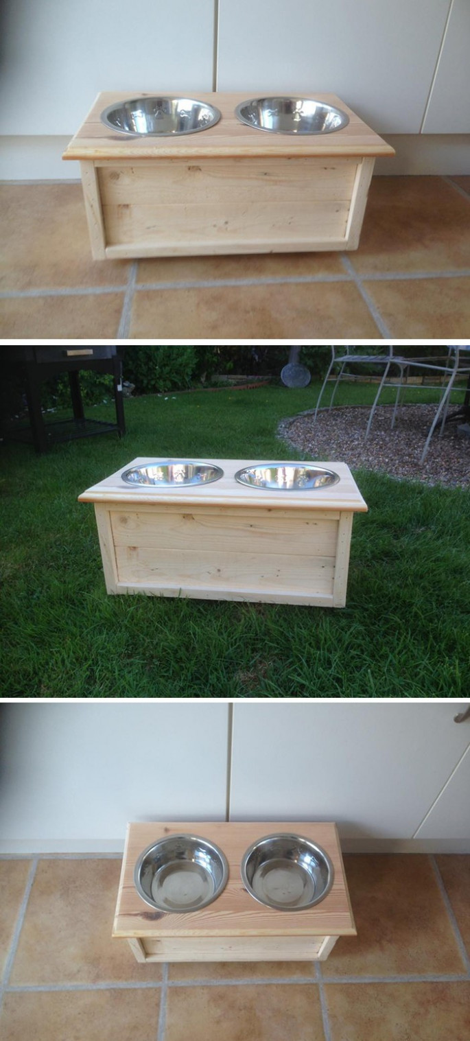 Pallet dog food table