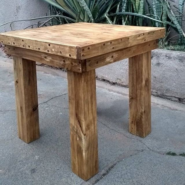 16 Small Pallet Tables That Are Easy To Make And Sale
