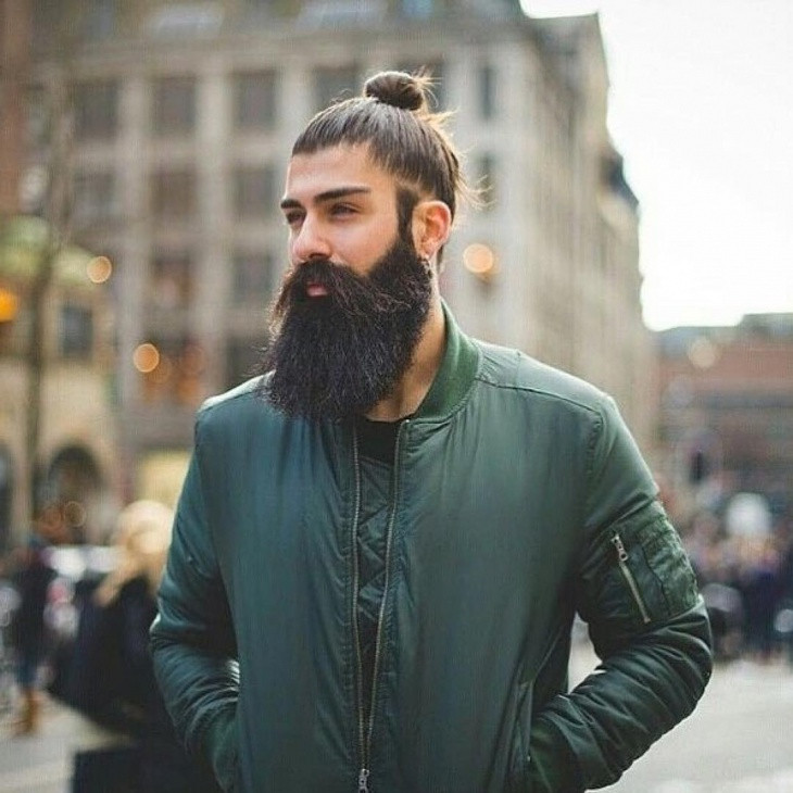 35+ Attractive Long Hairstyles for Men to Look More Handsome - Sensod