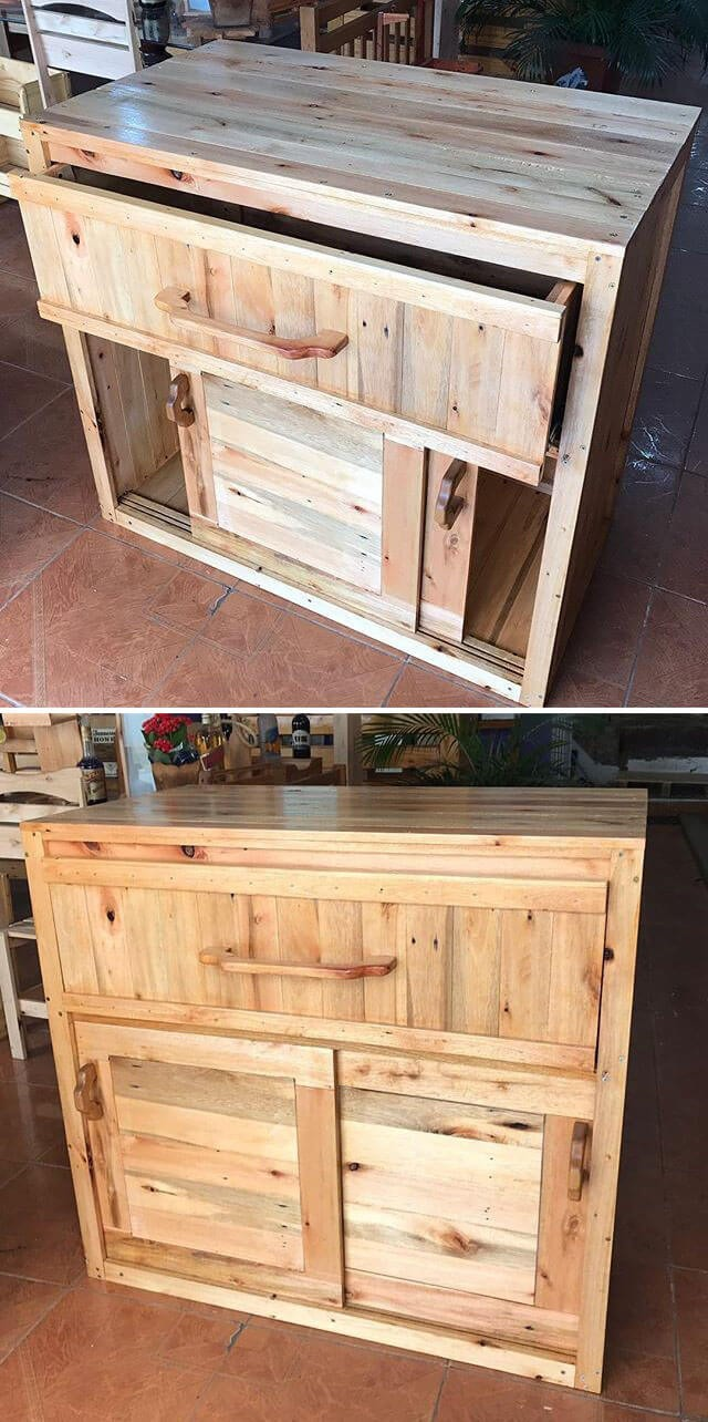 Wooden Pallet End Table with Drawers
